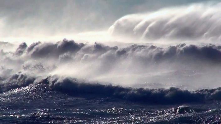 videoblocks-ocean-storm-sea-birds_sy0qdwgil_thumbnail-full12