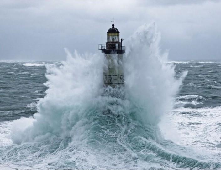 lighthouse-ar-men-01-e1456279790914